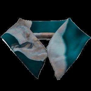 silk-scarf-breeze